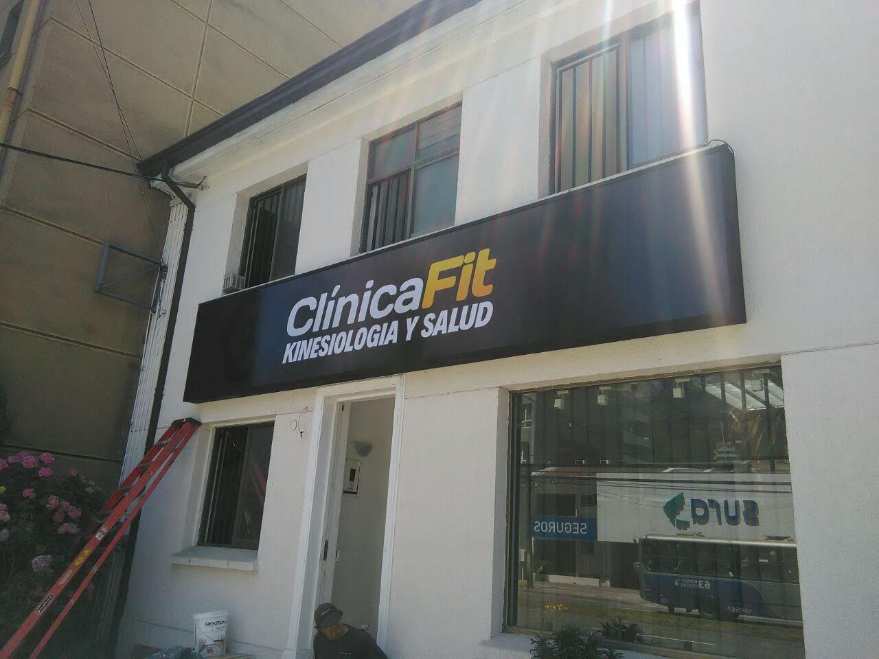DPImpress - Letreros Luminosos Clinica Fit Concepción