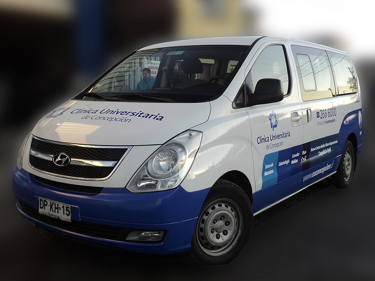 DPImpress - Adhesivo vehicular Clinica Universitaria Concepción